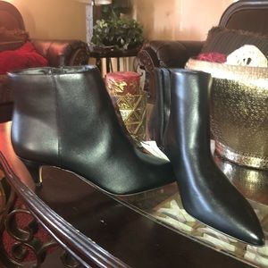Banana Republic ankle boots😍